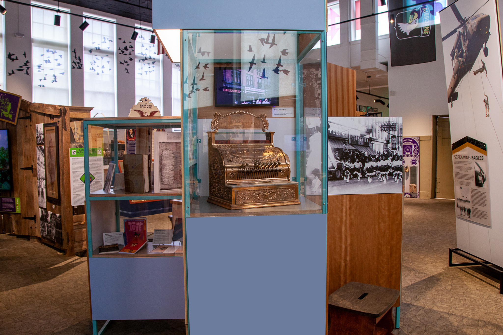 Hoptown History displays objects and artifacts from Hopkinsville Kentucky.